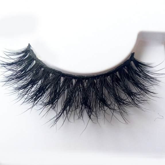 Luxurious 3D 100% Real Mink Eyelashes by Lashes Manufacturer D107