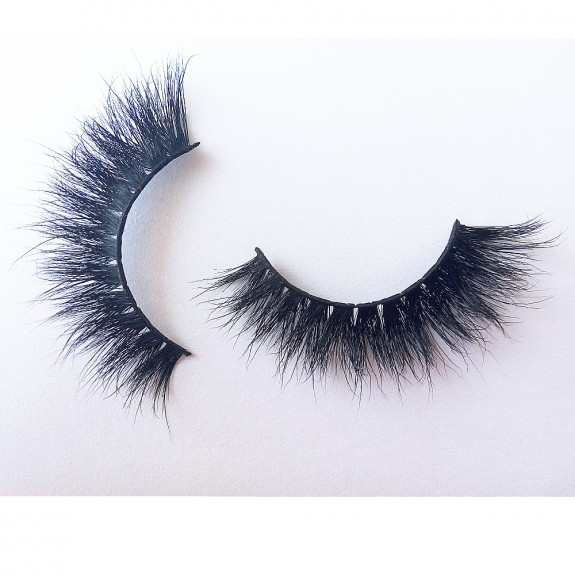 Luxurious 3D 100% Real Mink Eyelashes by Lashes Manufacturer D114