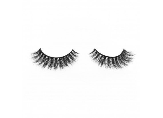 What should we care while grafting eyelashes
